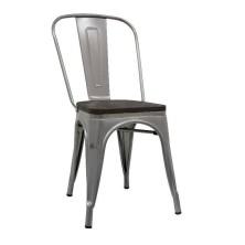 alt= silla Tolix madera oscura